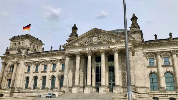 Weniger Abgeordnete im deutschen Bundestag